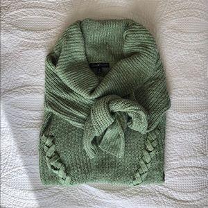 Derek Heart Chunky Cowl Neck Sweater   Size M